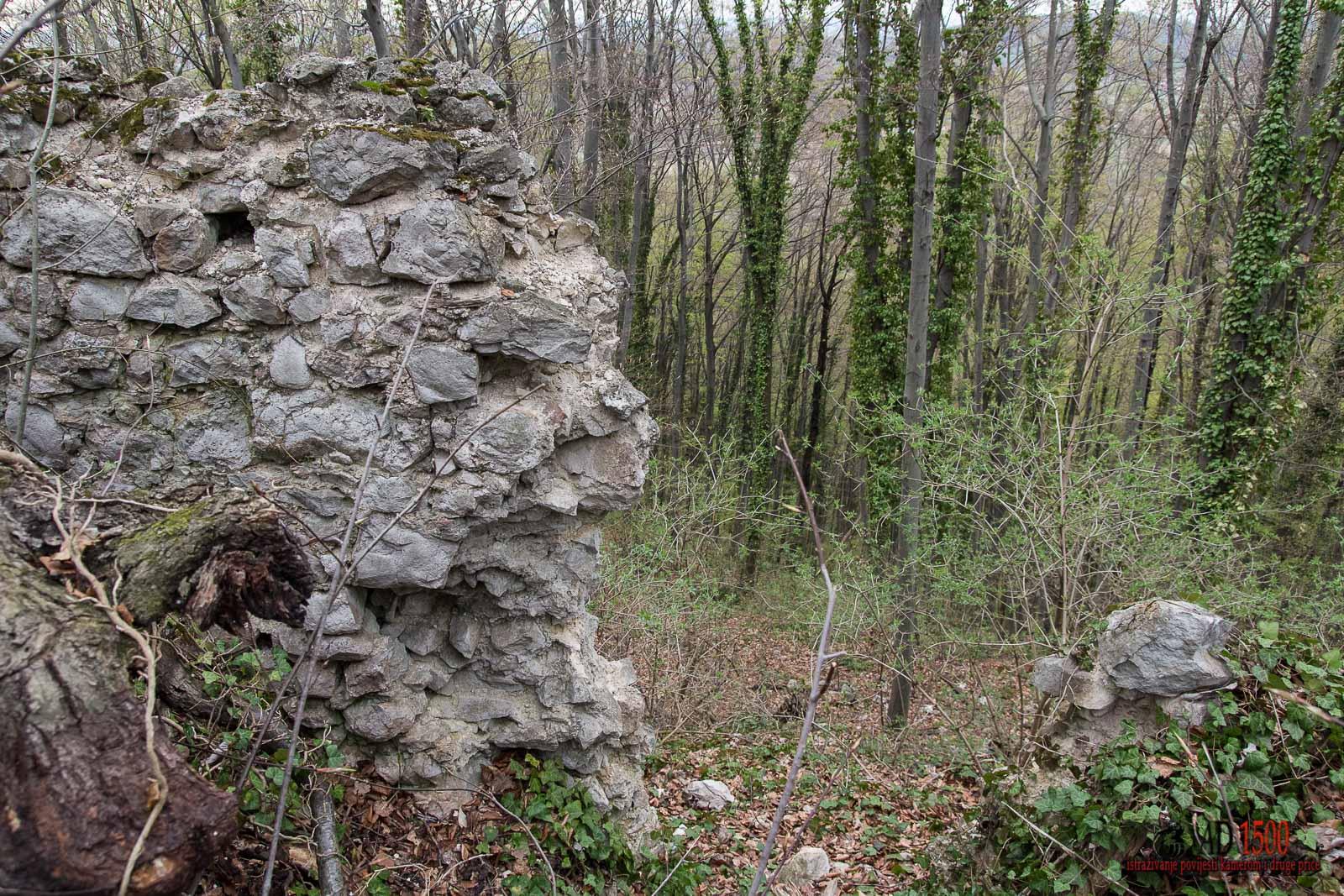 Urušeni dio sjevernog zida